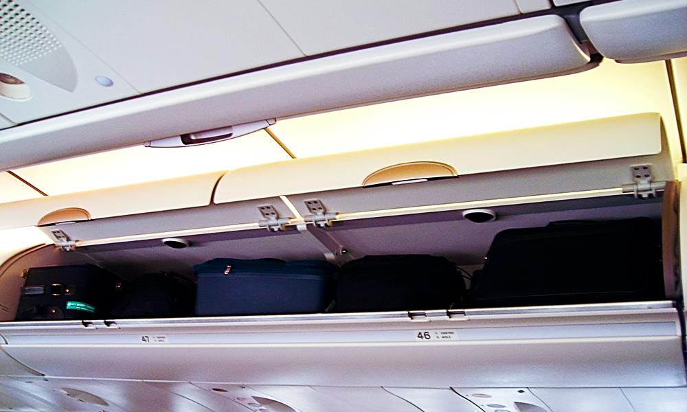 Ce poti lua cu tine in avion
