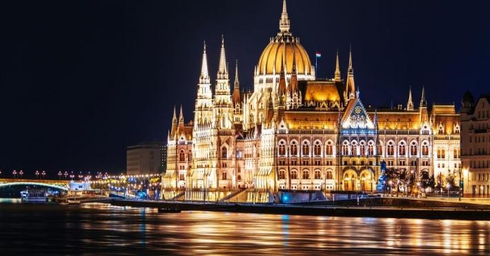 Hotel 1 Decembrie - Praga - Viena | 6 zile Autocar - 2018