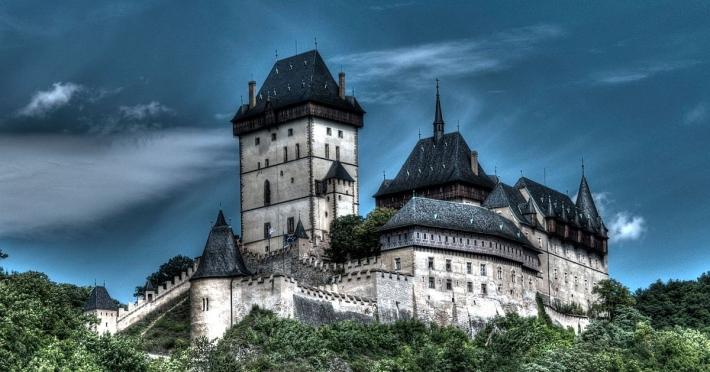 castelul-karlstejn-cehia-2018.jpg