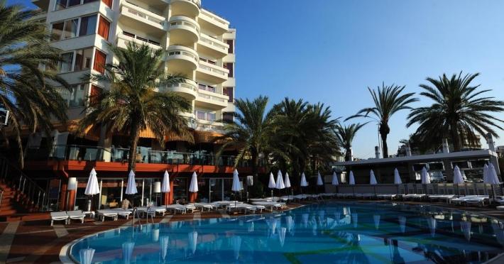 elegance-hotel_58992_1.jpg