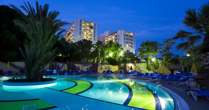 fantasia-deluxe-hotel_59056_1.jpg