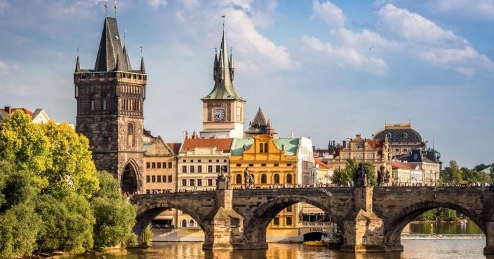 Praga - Castelele Moraviei (HOTEL 4*)  - 6 zile autocar | 2018