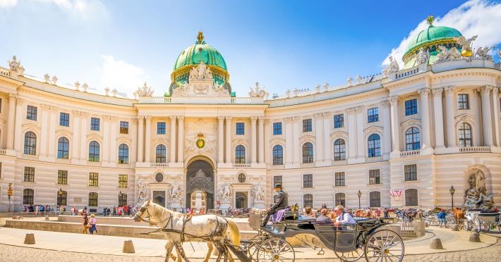 Circuit Budapesta - Viena   4 zile - Autocar   2020