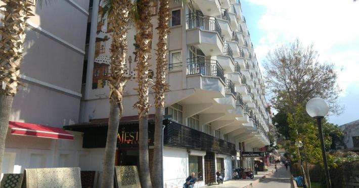 surtel-hotel_59076_1.jpg
