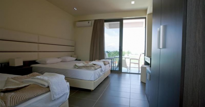 Thalassa Boutique Apartments Hotel - room photo 8787831