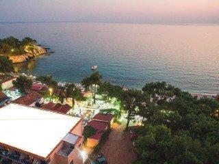 Beach Hotel Kapahi