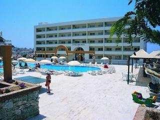 Hotel  Sejur Turcia - Kusadasi | TUNTAS FAMILY SUITES  KUSADASI - 7 nopti autocar